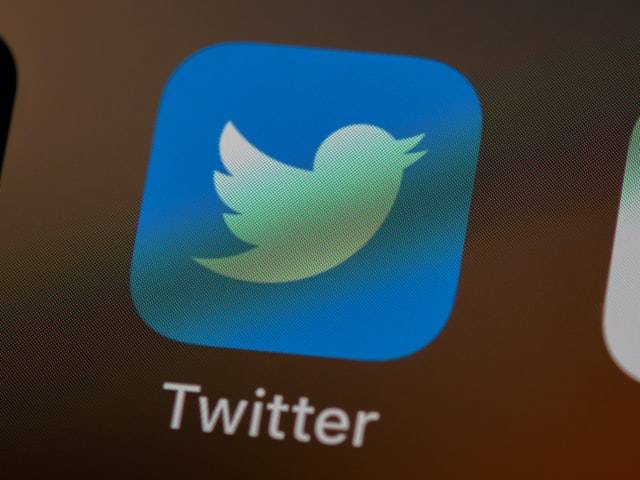 Twitter working on warning labels to tackle misinformation